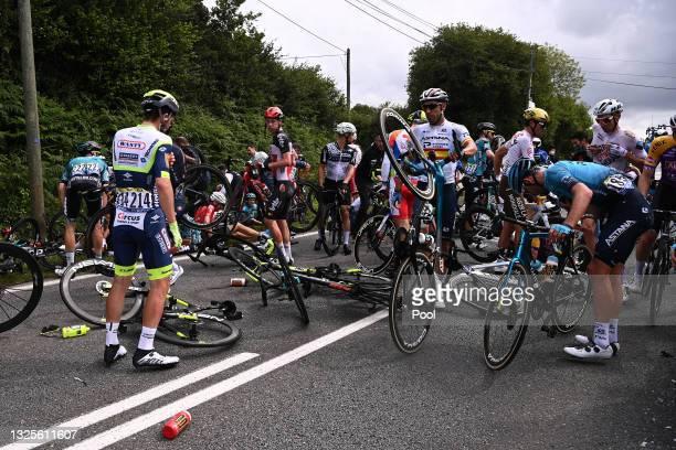 The peloton injury after crash during the 108th Tour de France 2021, Stage 1 a 197,8km stage from Brest to Landerneau - Côte De La Fosse Aux Loups...
