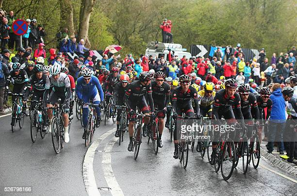 The peloton ride during the third stage of the 2016 Tour de Yorkshire between Middlesbrough and Scarborough on May 1, 2016 in Scarborough, England.