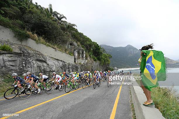 The Peloton roll through Grumari during the Women's Road Race on Day 2 of the Rio 2016 Olympic Games at Fort Copacabana on August 7 2016 in Rio de...