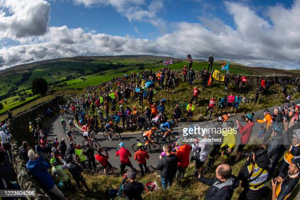 The peloton tackles the Lofthouse Climb during the 92nd UCI Road World Championships 2019, Women Elite Road Race a 149,4km race from Bradford to...