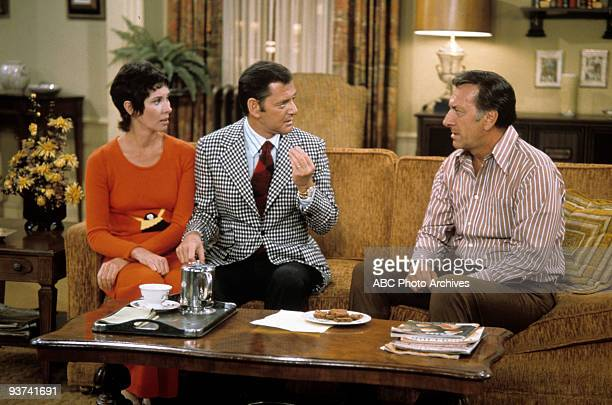 COUPLE The Pen is Mightier Than the Pencil 10/6/72 Elinor Donahue Tony Randall Jack Klugman