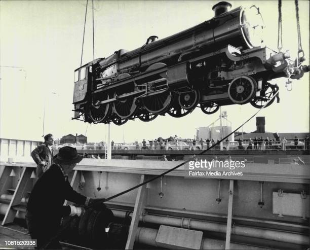 The 'Pendennis Castle' being Unloaded on a floating craneA retired British Railways locomotive the 'Pendennis Castle' formerlyone of the best known...