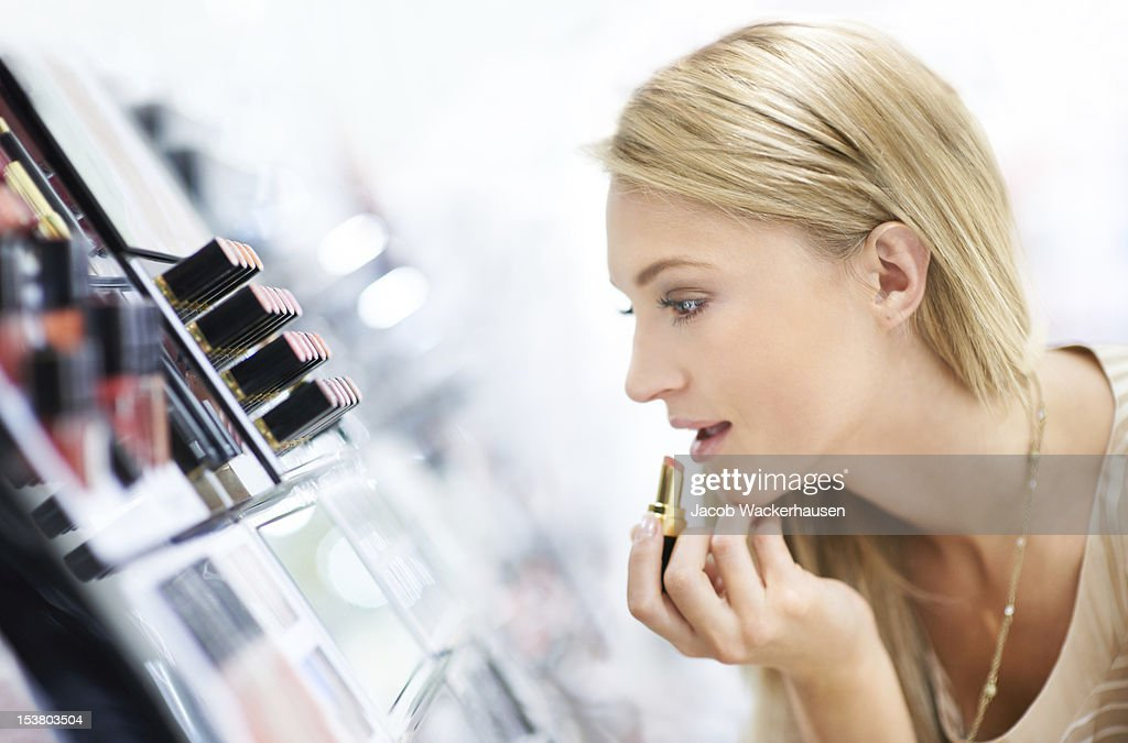 The perfect shade does wonders for my skin : Stock Photo