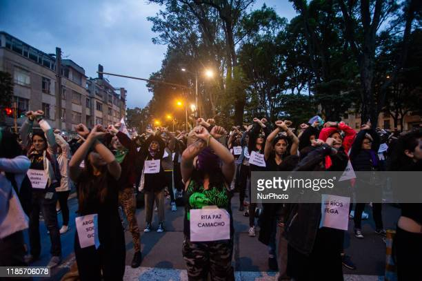 The performance of Chilean feminists -created by the Buenos Aires collective # Lastesis-, not only becomes viral throughout the world, now it becomes...