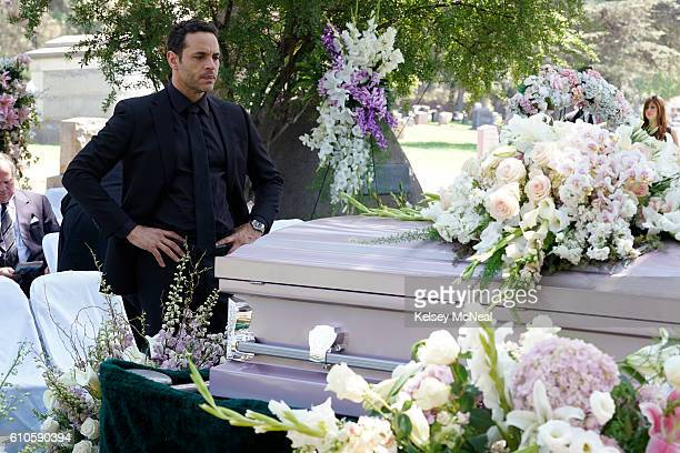 NOTORIOUS 'The Perp Walk' As Sarah's funeral approaches Jake's feelings may be clouding his ability to defend and protect an outofcontrol Oscar from...