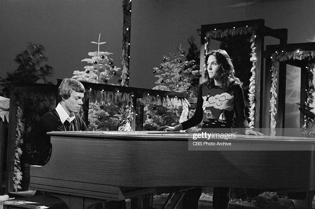 the perry como christmas party news photo - Perry Como Christmas Show