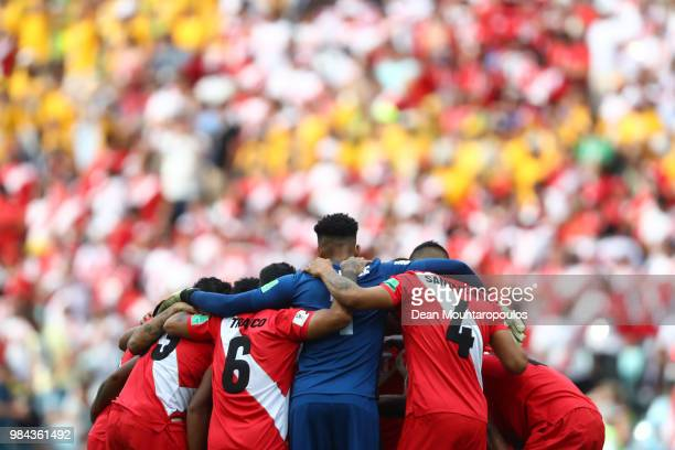 The Peru team form a team huddle prior to the 2018 FIFA World Cup Russia group C match between Australia and Peru at Fisht Stadium on June 26 2018 in...
