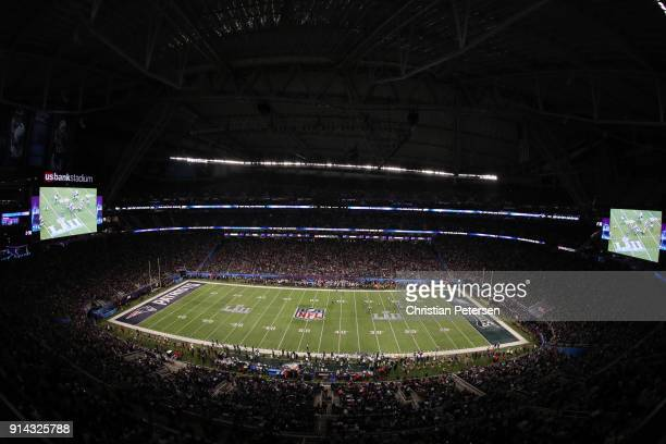 The Philadelphia Eagles and the New England Patriots compete in the first quarter in Super Bowl LII at US Bank Stadium on February 4 2018 in...