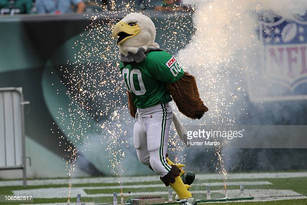 The Philadelphia Eagles mascot Swoop performs on the field before a game against the Green Bay Packers on September 12 2010 at Lincoln Financial...