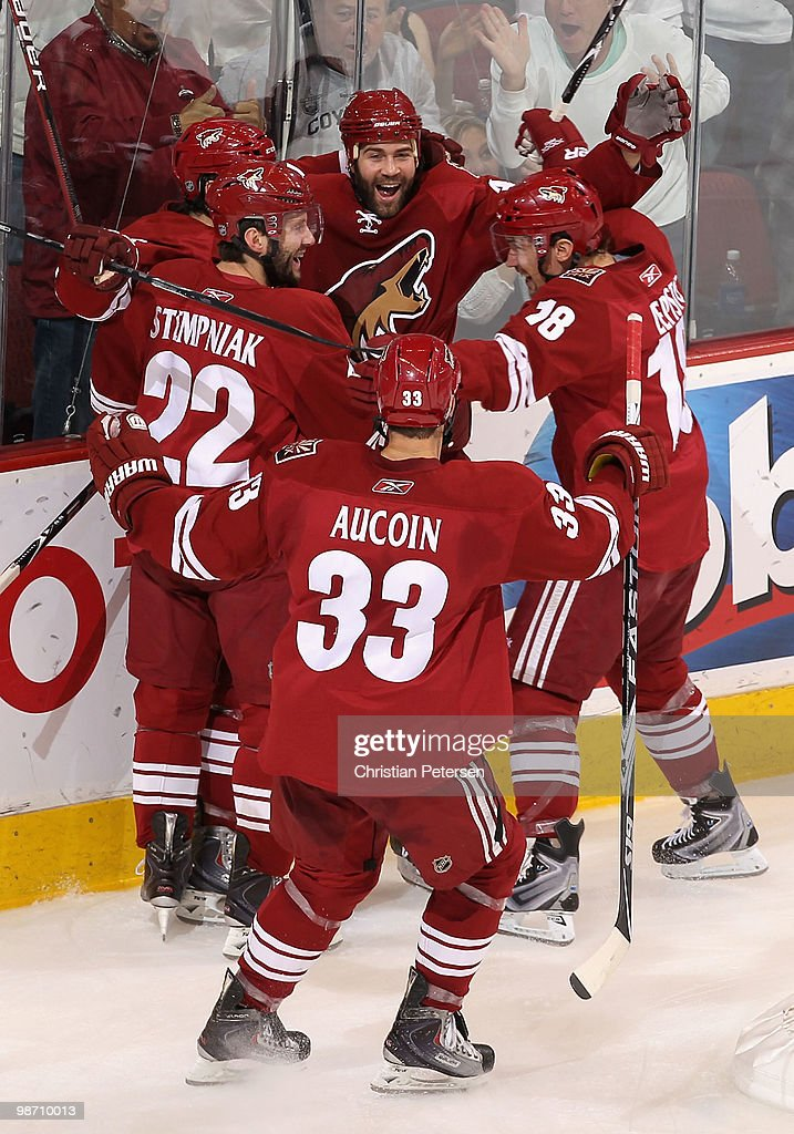 Detroit Red Wings v Phoenix Coyotes - Game Seven