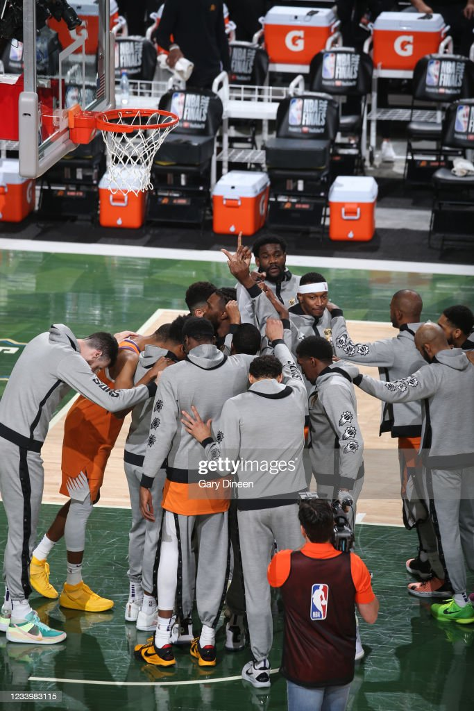 The Phoenix Suns huddle up before Game Four of the 2021 ...
