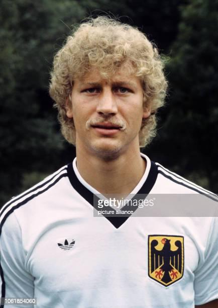 The photo shows a portrait of German Olympic Soccer team player Guido Buchwald in Neuweilnau/Taunus on 18 July 1984 | usage worldwide