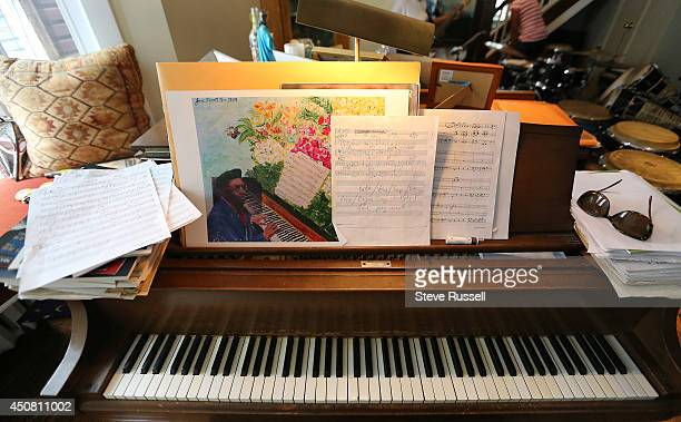 TORONTO ON JUNE 14 The piano in Jane's living room features one of her pieces of art as well Saxophone player Jane Bunnett and her allgirl Cuban band...