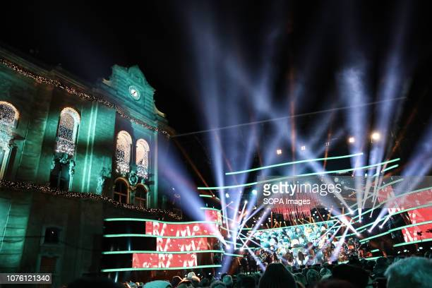 The Piazza Vittorio Veneto full of people during the TV rehearsal New Year rai1 in Matera