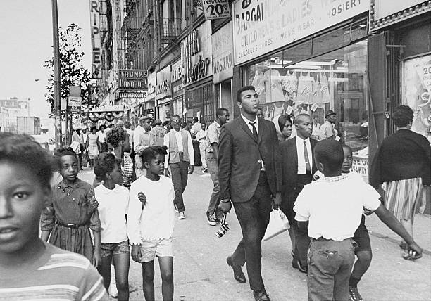 The Pied Piper of Harlem, Cassius Clay, whistling a sweet tu