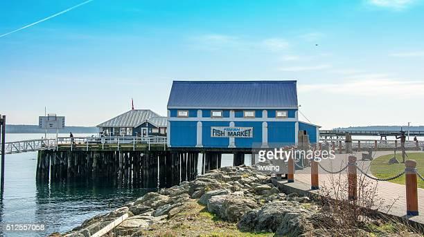 Anlegestelle und der am Wasser Wanderweg in Sidney, Britische Columbia