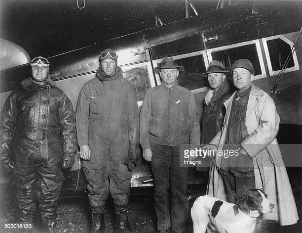 The pilots Harry F. Guggenheim - Charles Lindbergh - Governor Byrd - HG Shirley - Nelson Page. Rockingham County. About 1930. Photograph.