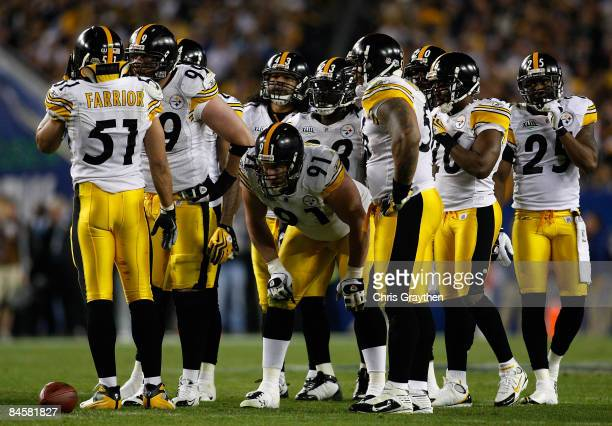 The Pittsburgh Steelers defense huddles up in the third quarter against the Arizona Cardinals during Super Bowl XLIII on February 1, 2009 at Raymond...