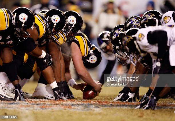 The Pittsburgh Steelers line up for a successful 42-yard field goal attempt by kicker Jeff Reed in the first quarter against the Baltimore Ravens...