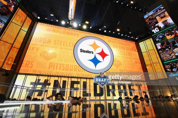 60 Top League Draft Pictures, Photos, & Images - Getty Images