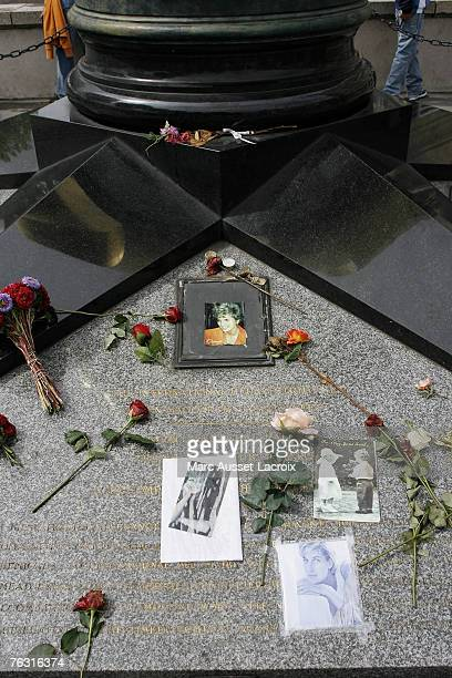 The Place de l'Alma with its reproduction of New York's Statue of Liberty flame in Paris on August 22 has become an unofficial memorial for the...