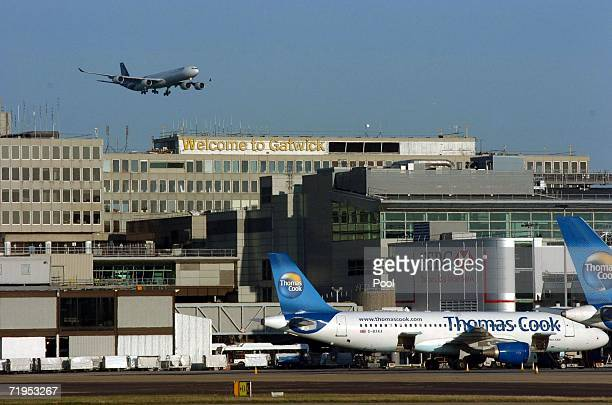 The plane carrying Thai Prime Minister Thaksin Shinawatra lands at Gatwick Airport after having flown from New York on September 20, 2006 near...