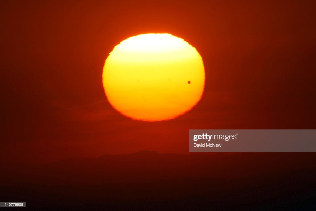 Last Transit Of Venus Across The Sun Seen From Southern California : News Photo