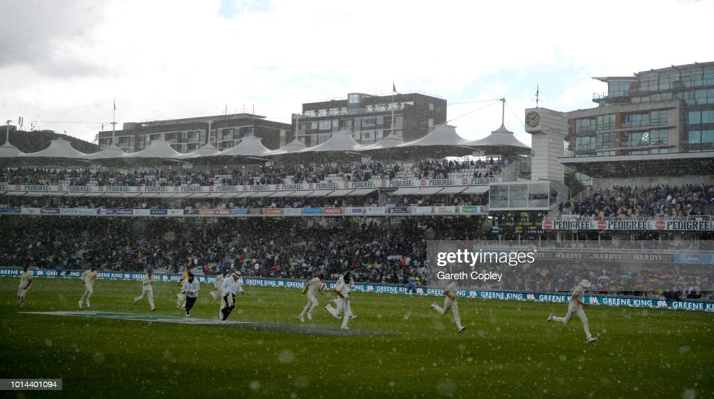 England v India: Specsavers 2nd Test - Day Two : News Photo