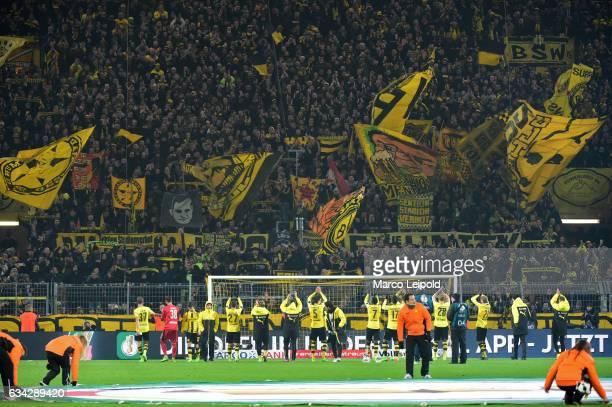 The players of Borussia Dortmund acknowledge the fans after the game between Borussia Dortmund and Hertha BSC on february 8 2017 in Dortmund Germany