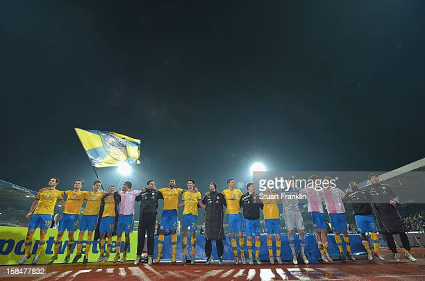 The players of Braunschweig celebrates at the end of the Second Bundesliga match between Eintracht Braunschweig and1. FC Union Berlin at the...
