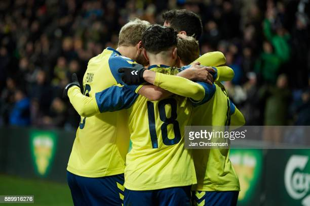 The players of Brondby IF celebrate after the 10 goal from Simon Tibbling during the Danish Alka Superliga match between Brondby IF and AGF Arhus at...