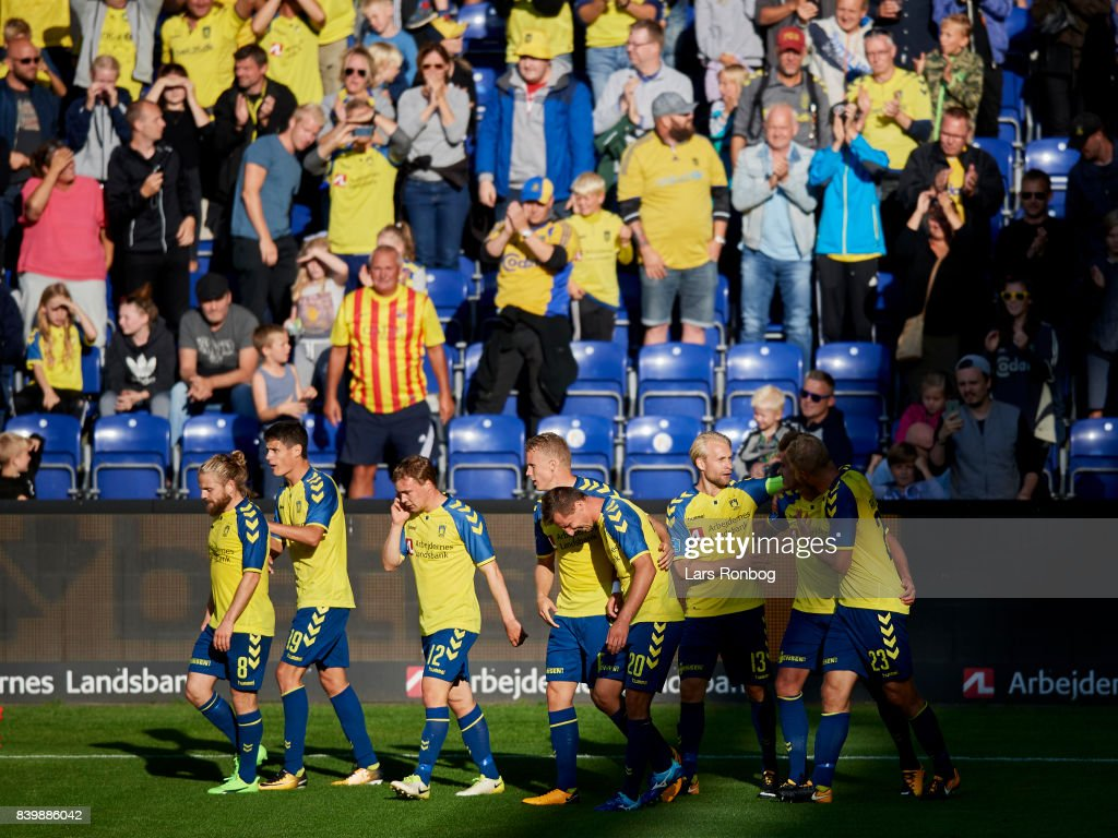 The players of Brondby IF celebrate after the 2-0 goal scored by Jan Kliment during the Danish Alka Superliga match between Brondby IF and AC Horsens at Brondby Stadion on August 27, 2017 in Brondby, Denmark.