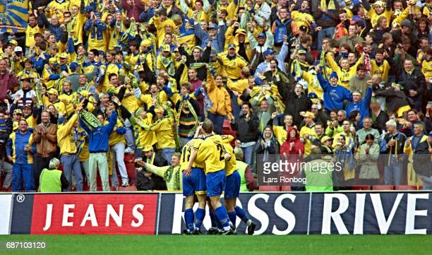 The players of Brondby IF celebrate during the Danish Cup Final Compaq Cup match between FC Copenhagen and Brondby IF at Parken Stadium on May 21,...