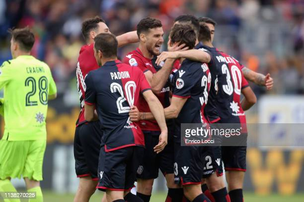 The players of Cagliari celebrates a victory during the Serie A match between Cagliari and Frosinone Calcio at Sardegna Arena on April 20 2019 in...