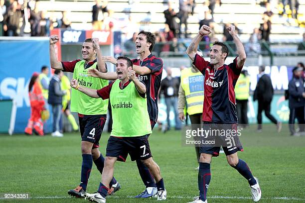 The players Of Cagliari celebrates the win during the Serie A match between Cagliari and Genoa CFC at Stadio Sant'Elia on October 25 2009 in Cagliari...