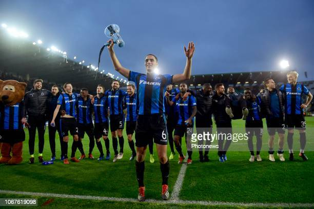 The players of Club Brugge and Sofyan Amrabat midfielder of Club Brugge celebrates the victory towards the supporters after during the Jupiler Pro...