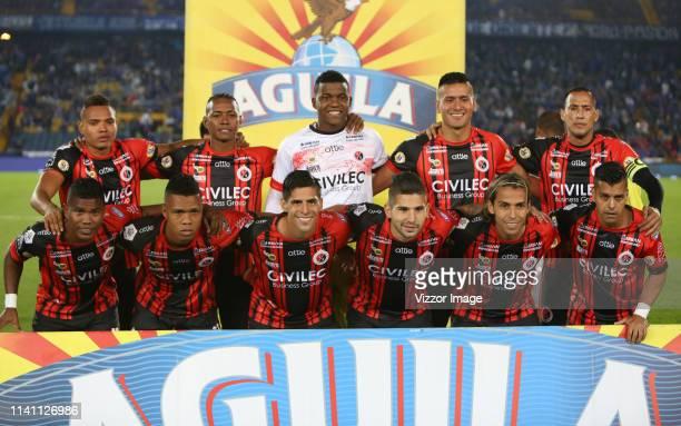 The players of Cucuta Deportivo, pose for a photo, prior a match between Millonarios and Cúcuta as part of Liga Aguila 2019 at Estadio Nemesio...