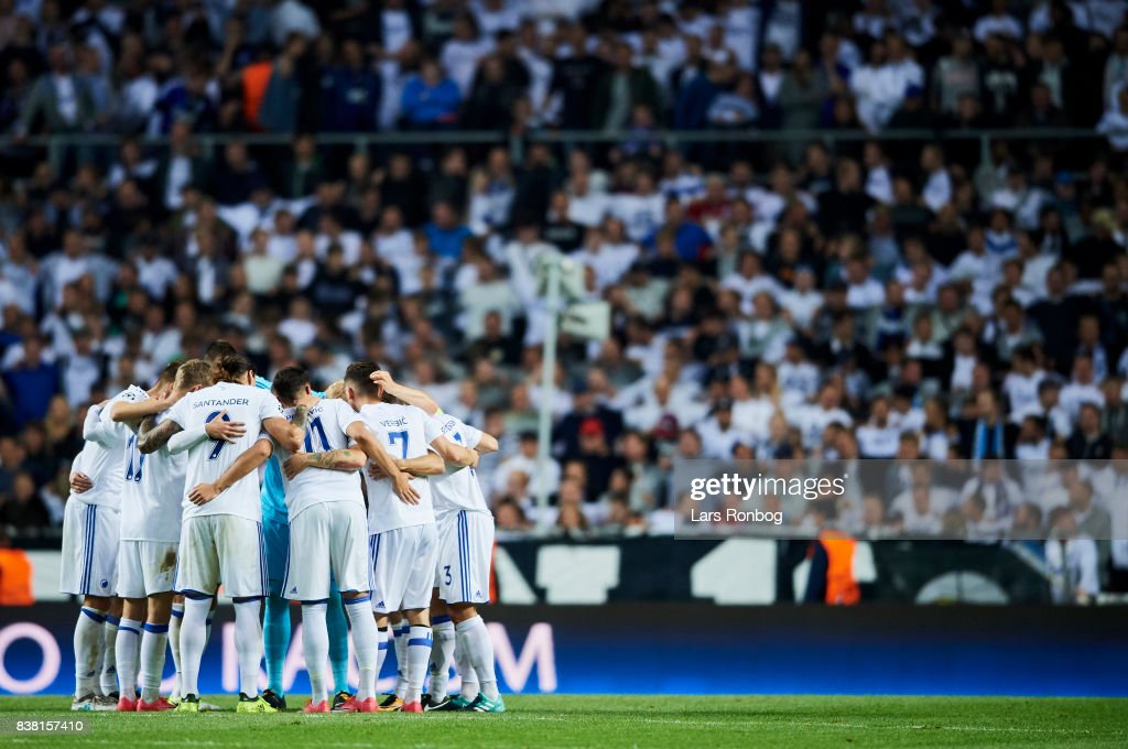 The players of FC Copenhagen huddle prior to second half during the UEFA Champions League Playoff 2nd Leg match between FC Copenhagen and Qarabag FK at Telia Parken Stadium on August 23, 2017 in Copenhagen, Denmark.