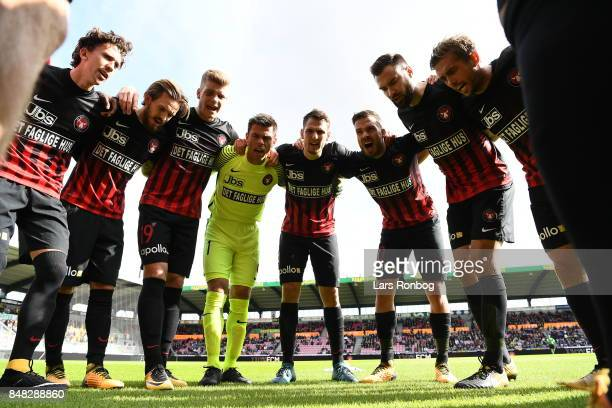 The players of FC Midtjylland huddle prior to the Danish Alka Superliga match between FC Midtjylland and Hobro IK at MCH Arena on September 17 2017...