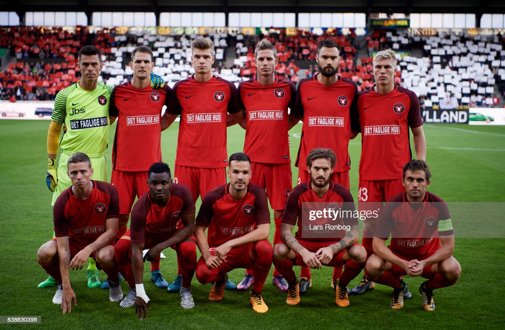 The players of FC Midtjylland pose for a group picture prior to the UEFA Europa League Playoff 2nd Leg match between FC Midtjylland and Apollon Limassol at MCH Arena on August 24, 2017 in Herning, Denmark.