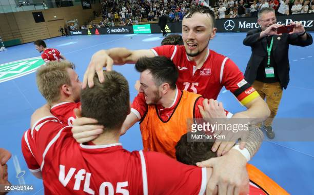 The players of Hohenstein Ernstthal celebrate after winning the German Futsal Championship final match between VfL HohensteinErnstthal and Futsal...