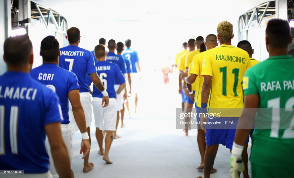 Brazil vs Italy - FIFA Beach Soccer World Cup Bahamas 2017 : ニュース写真