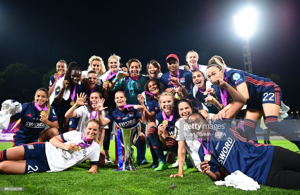 The players of Lyon celebrate after the UEFA Women's Champions League final match between VfL Wolfsburg and Olympique Lyonnais on May 24, 2018 in Kiev, Ukraine.