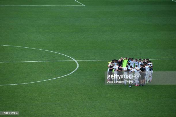 The players of New Zealand huddle after the FIFA U20 World Cup Korea Republic 2017 group E match between New Zealand and France at Daejeon World Cup...
