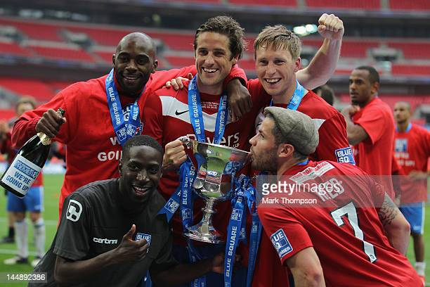 The players of of York City celebrate promotion to the football league during the Blue Square Bet Premier League Play Off Final at Wembley Stadium on...