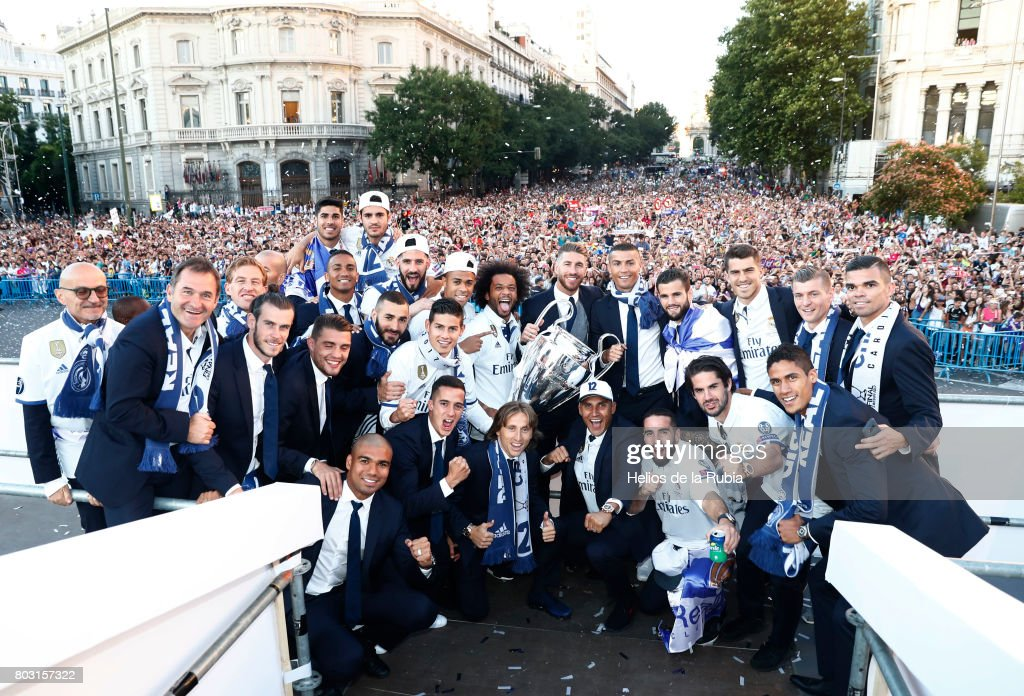 The players of Real Madrid celebrate their UEFA Champions League victory at Cibeles square on June 4, 2017 in Madrid, Spain.