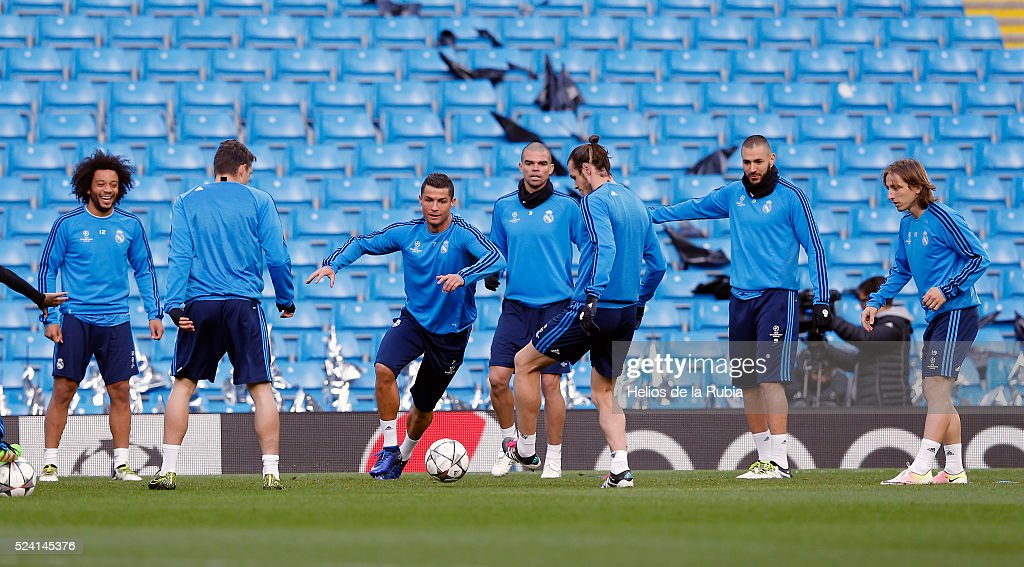 The players of Real Madrid warm up during a training session ahead of the UEFA Champions League Semi Final match between Manchester City FC and Real Madrid at the Etihad Stadium on April 25, 2016 in Manchester, United Kingdom.