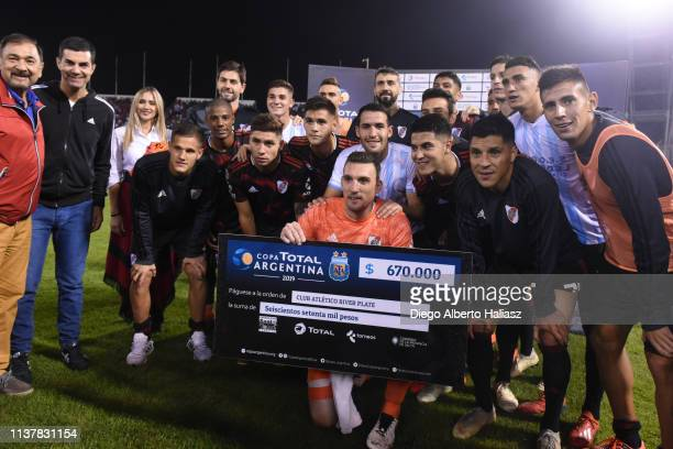 The players of River Plate pose prior a match between River Plate and Argentino de Merlo as part of Copa Argentina 2019 at Padre Ernesto Martearena...