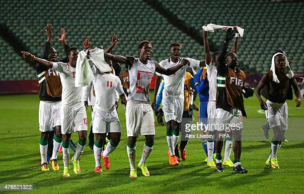 The players of Senegal celebrate after the FIFA U20 World Cup round of 16 match between Ukraine and Senegal at the North Harbour Stadium on June 10...