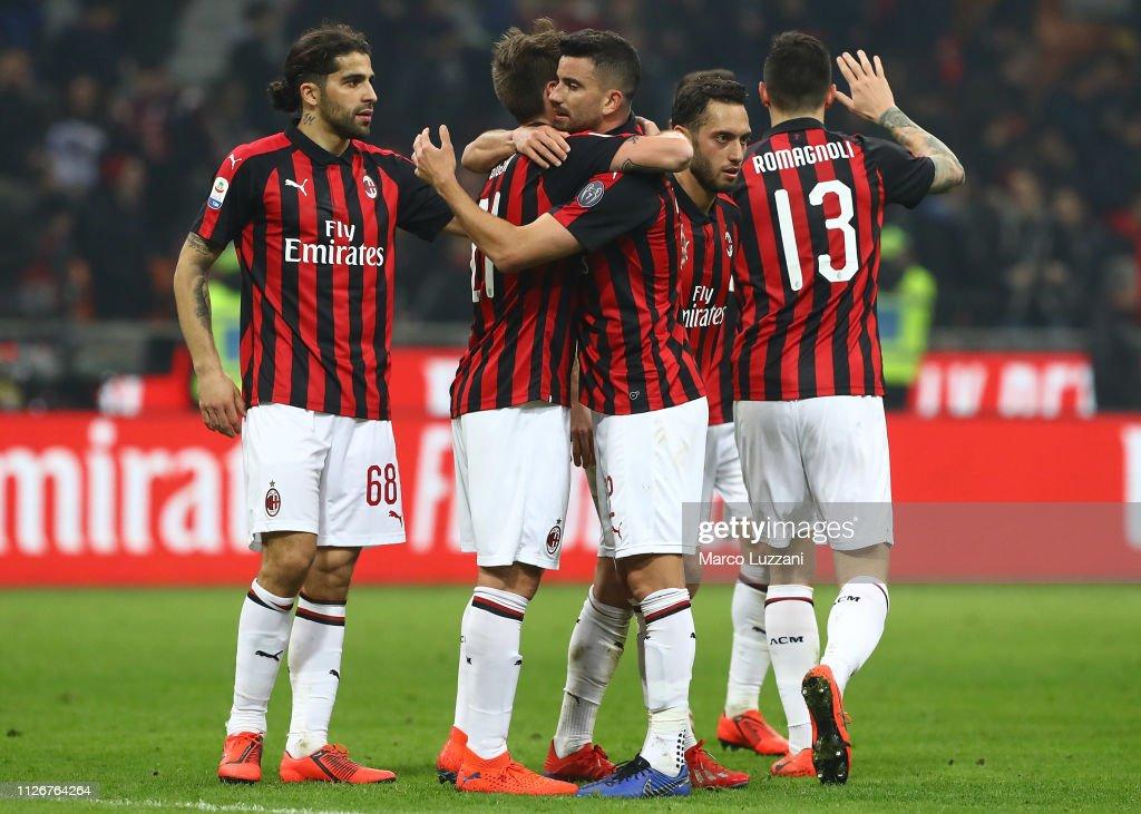 AC Milan v Empoli - Serie A : Fotografia de notícias